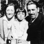 ZUBIAURRE, Pilar con esposo e  hijo Leopoldo