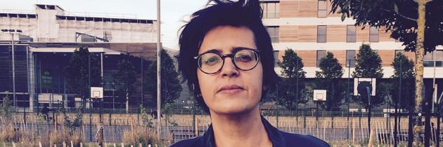 """Angélica Freitas: """"Un útero es del tamaño de un puño"""""""