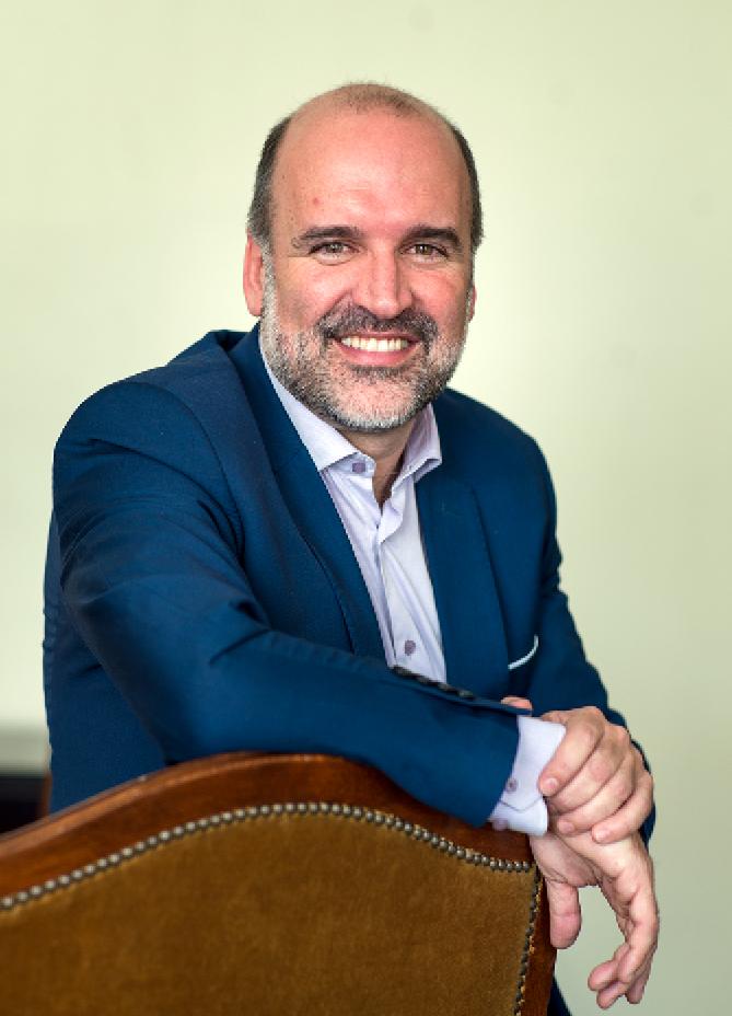 """José Manuel Lucía Megías: """"Aquí y ahora"""""""